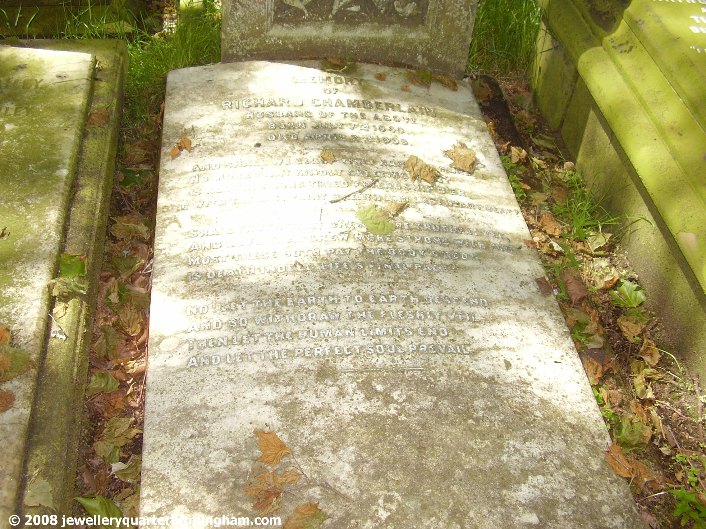 The-grave-in-Key-Hill-Cemetery-of-Richard-Chamberlain.jpg 2008